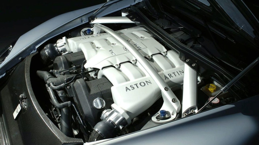 Aston Martin Unveils V12 Vantage RS