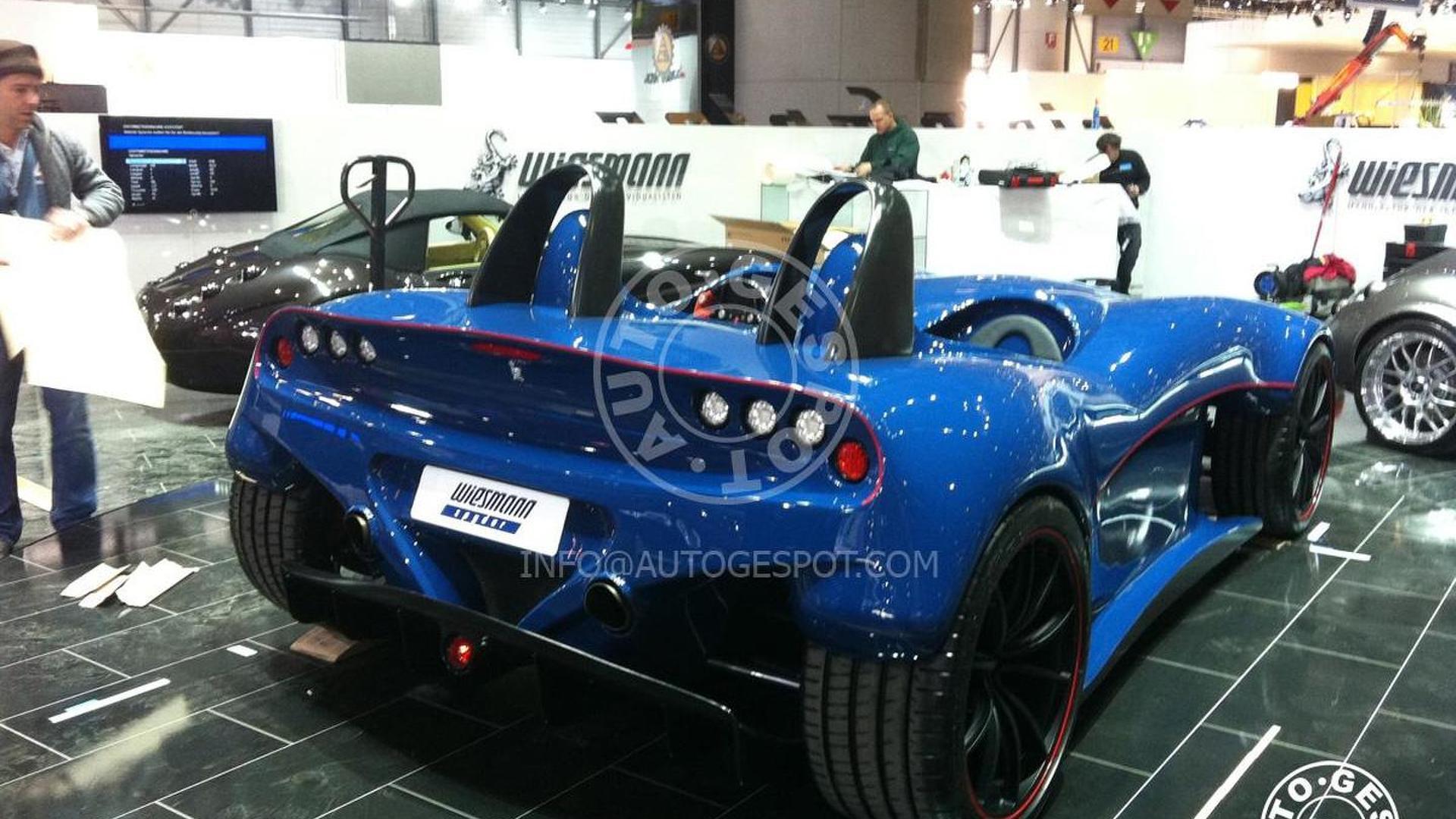 Wiesmann Spyder Concept caught on Geneva show room floor