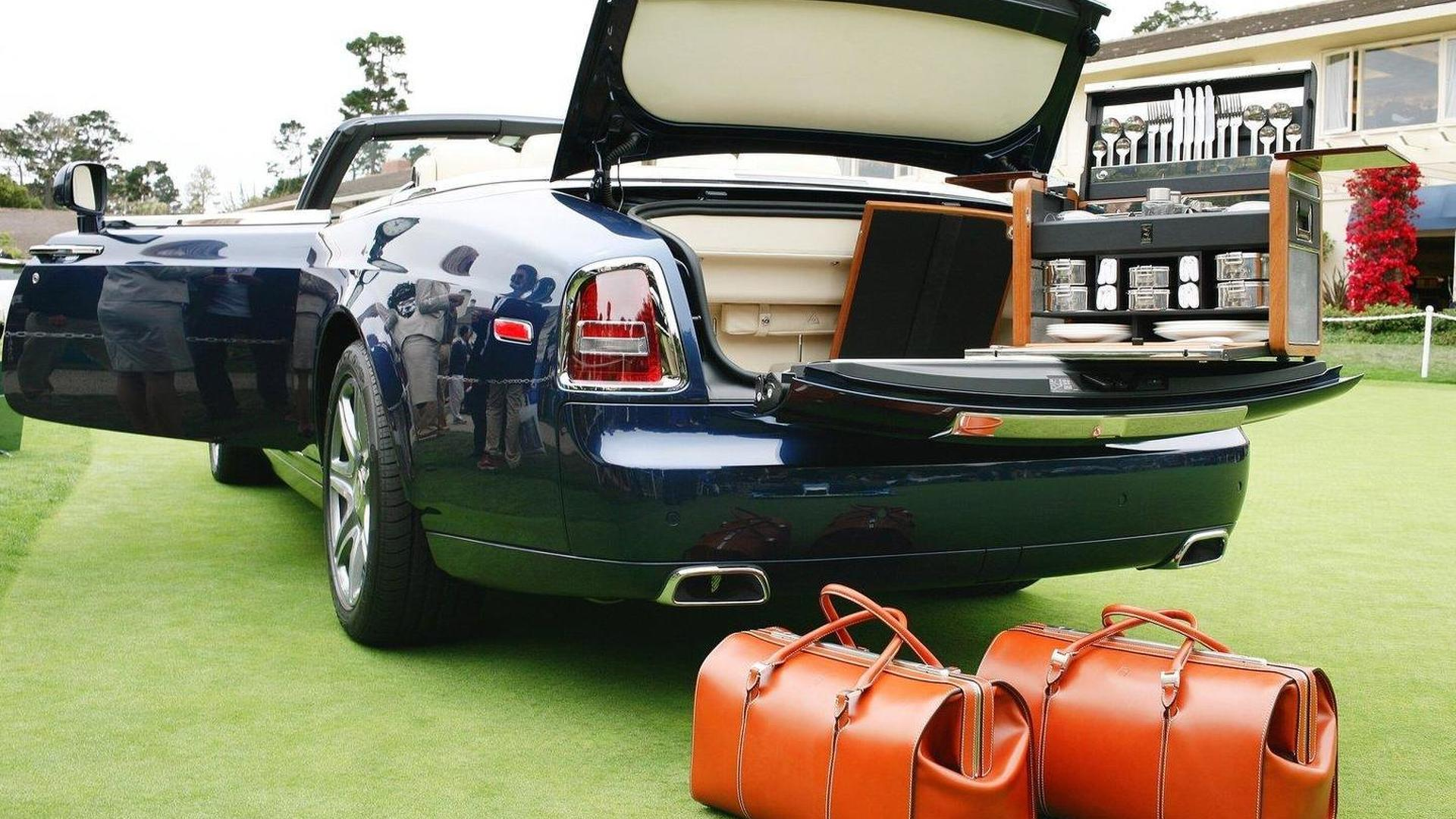 Rolls-Royce unveils Phantom Drophead Coupe Pebble Beach Special Edition [video]