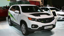 Kia Sorento Hybrid and Cee'd Facelift Hybrid Revealed in Frankfurt
