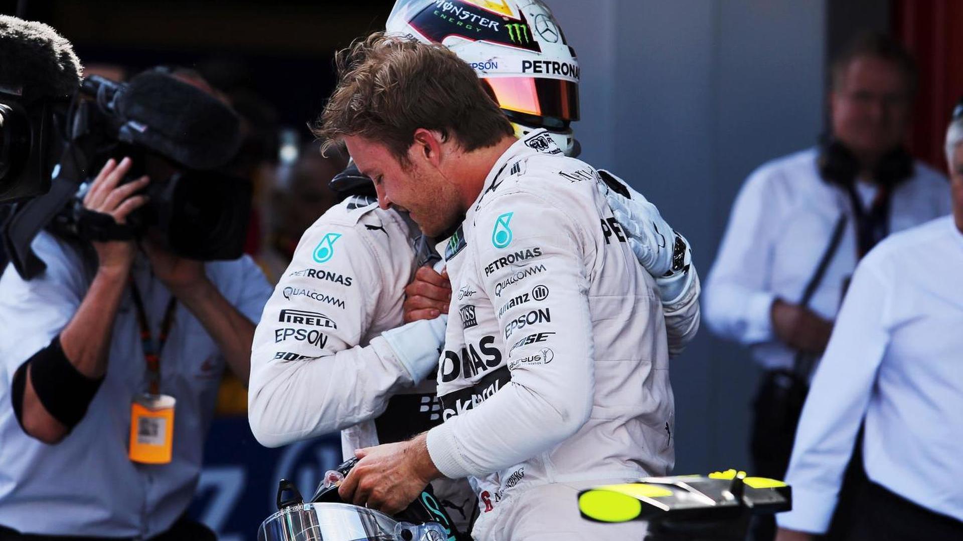 Hamilton 'dominating' Rosberg - Ecclestone