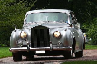 10 Classic British Cars Every Restorer Dreams About