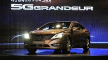 2012 Hyundai Azera teased [video]