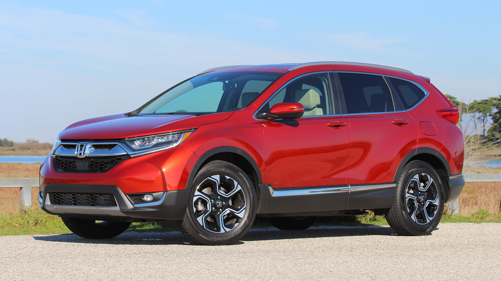 2017 honda cr v first drive just right yet again. Black Bedroom Furniture Sets. Home Design Ideas