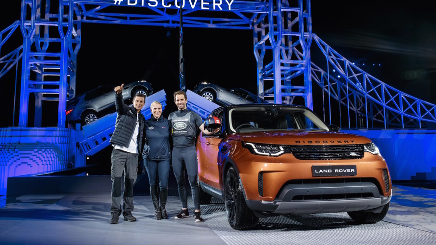 Land Rover Discovery Lego Debut
