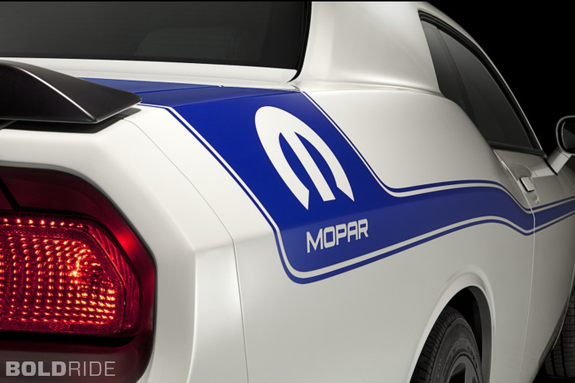 Mopar '14 Challenger Sells Out in A Day
