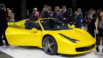 Ferrari 458 Spider live debut in Maranello 08.09.2011