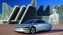 Volkswagen XL1 arrives in production form in Geneva [video]