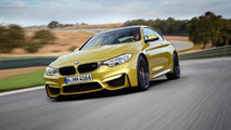 BMW M4 Coupe drifts around 54 other M models [video]