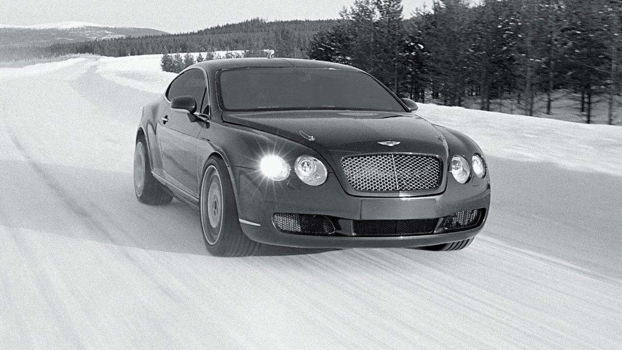 Bentley Continental GT winter testing in Finland