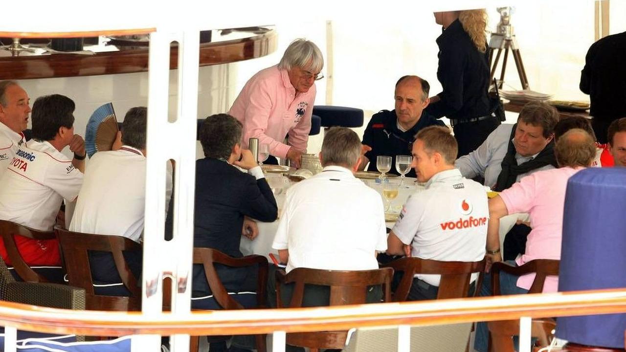 FOTA meeting on the boat of Flavio Briatore (ITA), Monaco Grand Prix, Monte Carlo, Monaco, 22.05.2009