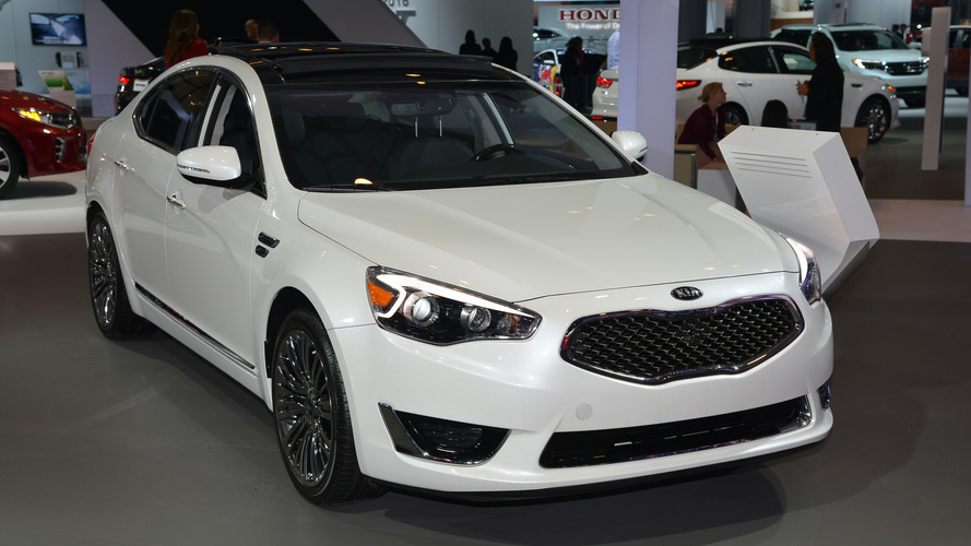 2017 Kia Cadenza goes official in New York
