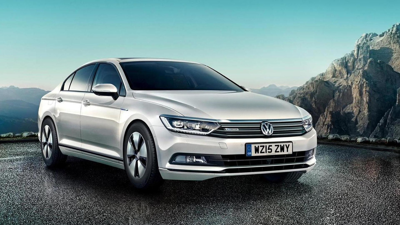 2015 Volkswagen Passat BlueMotion (UK-spec)