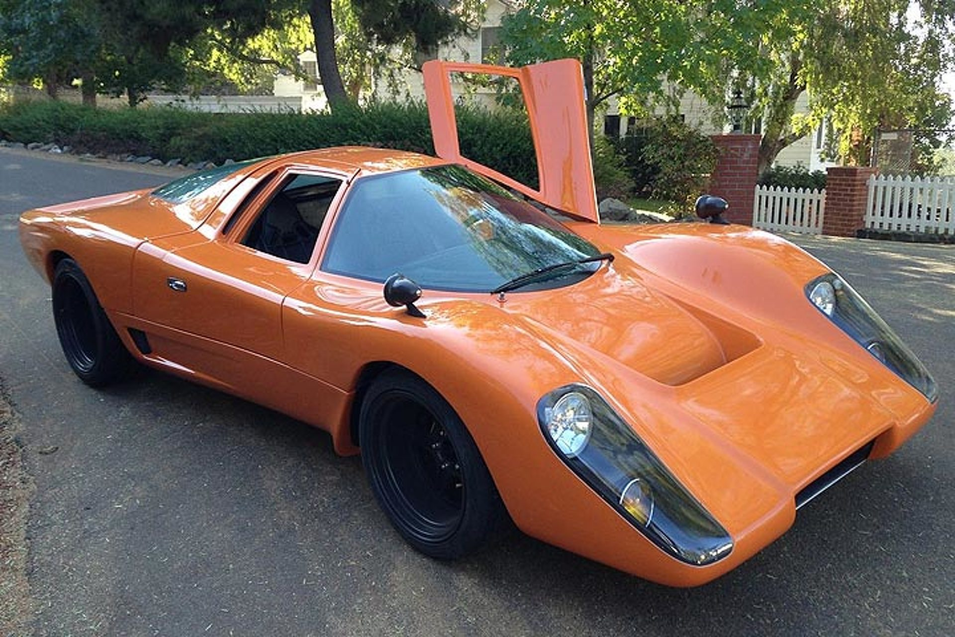 Looking to Buy a Rare McLaren? This Manta Montage is the Next Best Thing