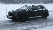 VIDEO: 2014 Mercedes-Benz GLA spied