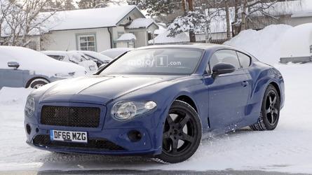 Photos espion - La nouvelle Bentley Continental GT surprises toute de bleu vêtue