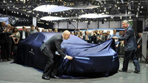 Pininfarina Cambiano Concept live in Geneva 06.03.2012