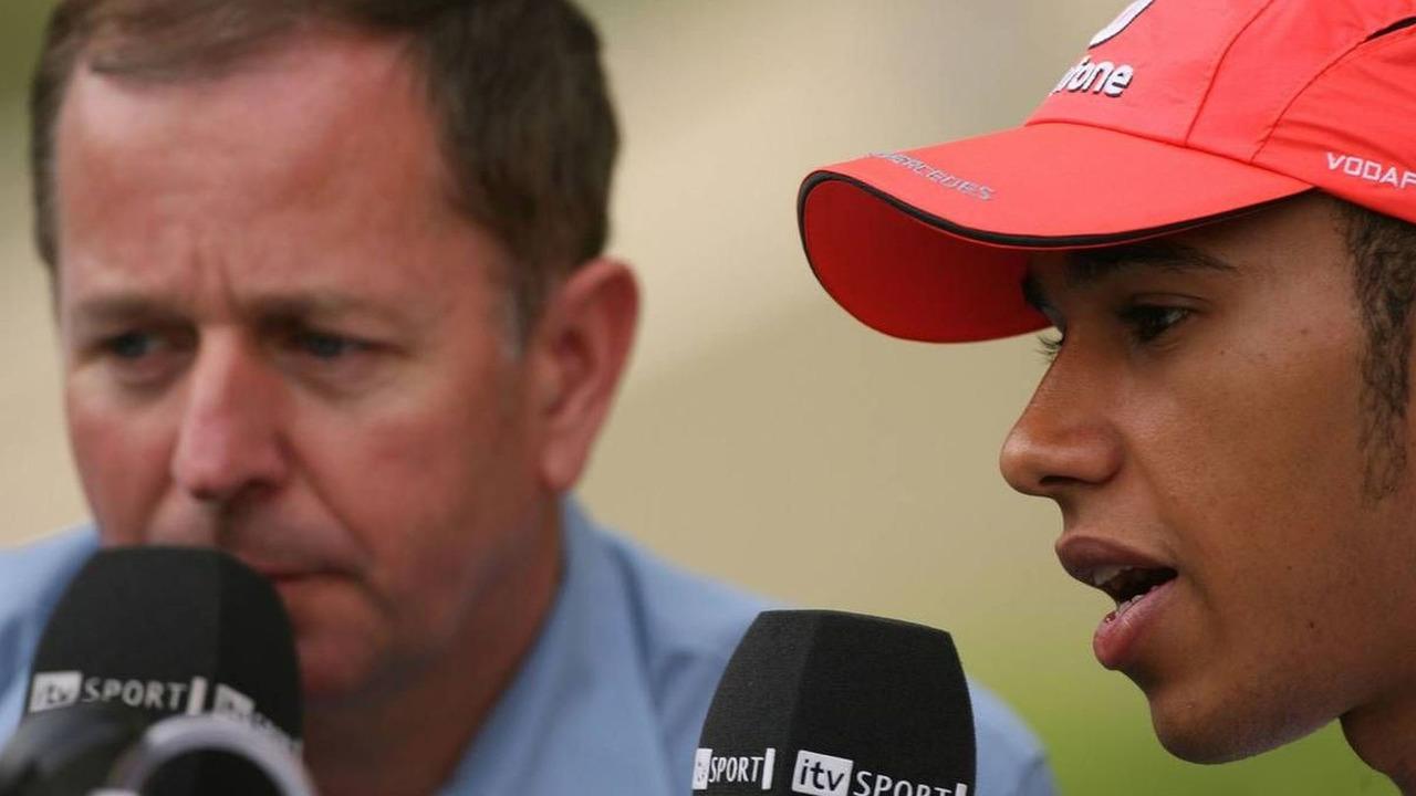 Martin Brundle (GBR), ITV, and Lewis Hamilton (GBR), Bahrain Grand Prix, 14.04.2007 Sakhir, Bahrain