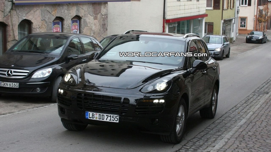 New 2011 Porsche Cayenne latest close-up spy photos