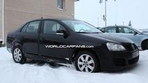 2012 VW Jetta test mule first spy photos