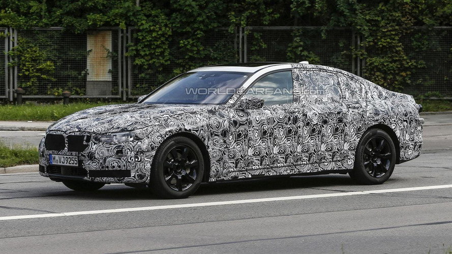2016 BMW 7-Series spied with production headlights