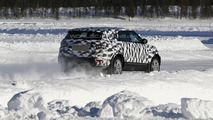 Next-gen Land Rover Freelander mule spied