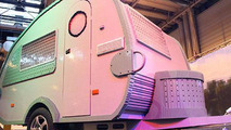 Life-size RV made from 215,158 Lego pieces sets Guinness record [video]