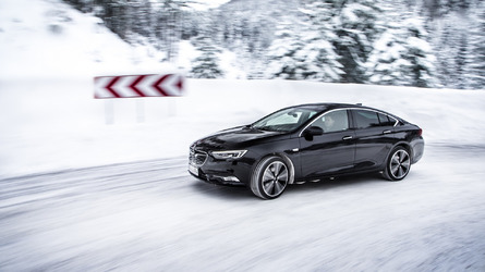 Opel Insignia Grand Sport ready to face winter with all-wheel drive