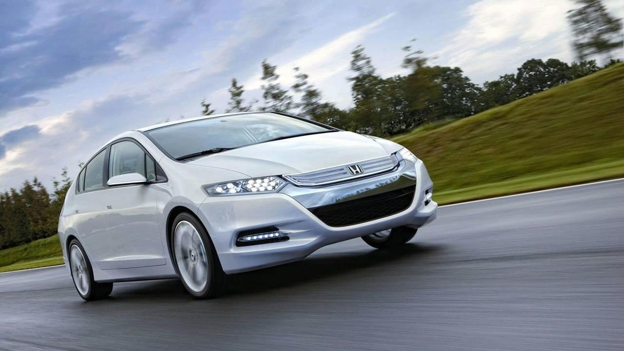 Honda Insight konseptiauto esiteltiin Pariisissa