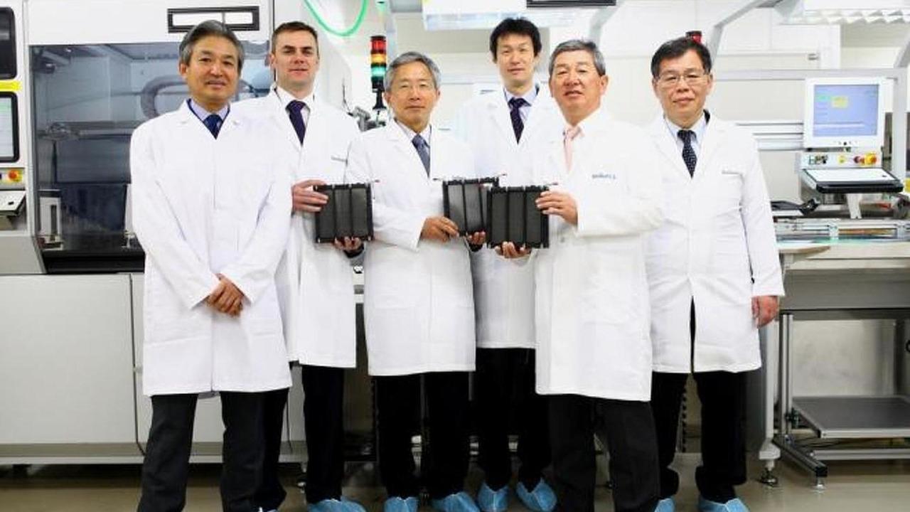 Suzuki-Intelligent Energy SMILE FC fuel cell plant 20.2.2013