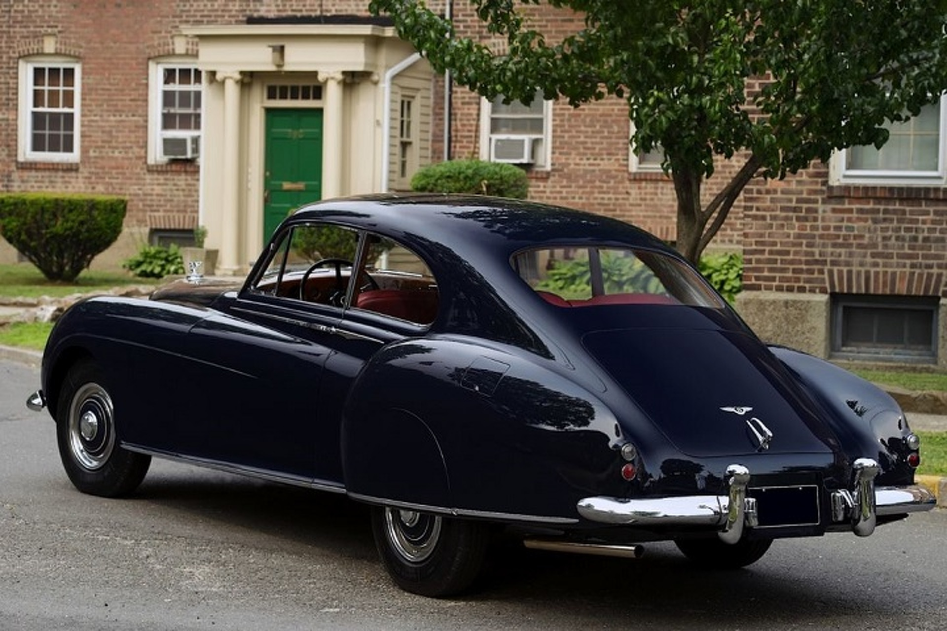 The Elegance and Power of the 1952 Bentley R-Type Continental