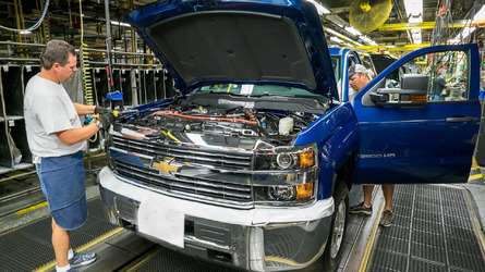 GM invests $1 billion in plants, brings truck component manufacturing to U.S.
