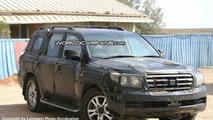 SPY PHOTOS: More New Toyota LandCruiser