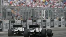 De la Rosa delays Sauber talks for September