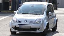 Renault Modus mule spied 27.04.2011