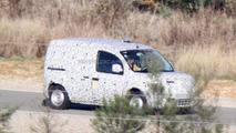 Renault Kangoo spied as Mercedes Benz City Van for first time