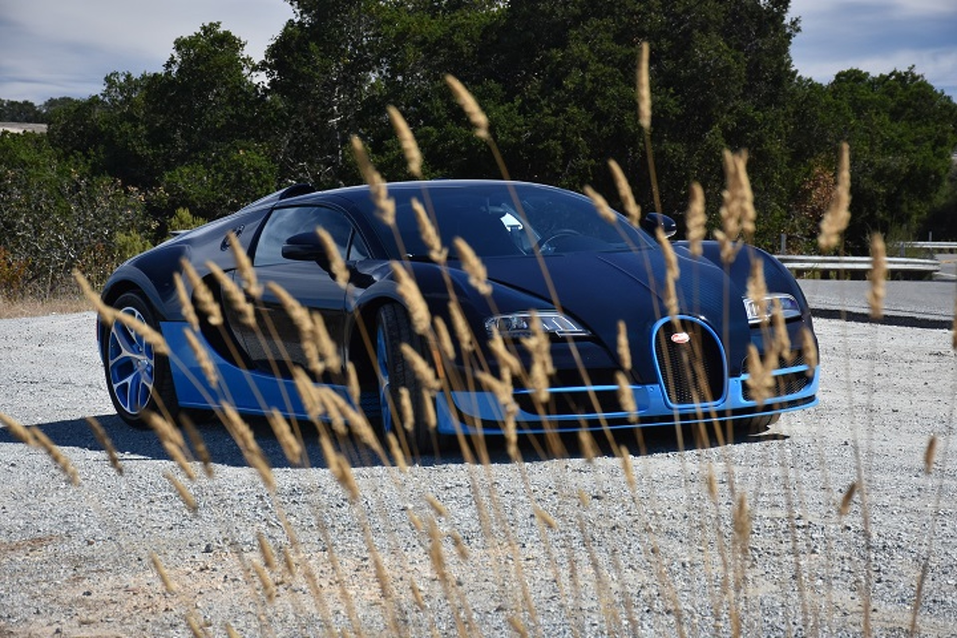 The Bugatti Veyron is the Closest You'll Get to a Fighter Jet: First Drive