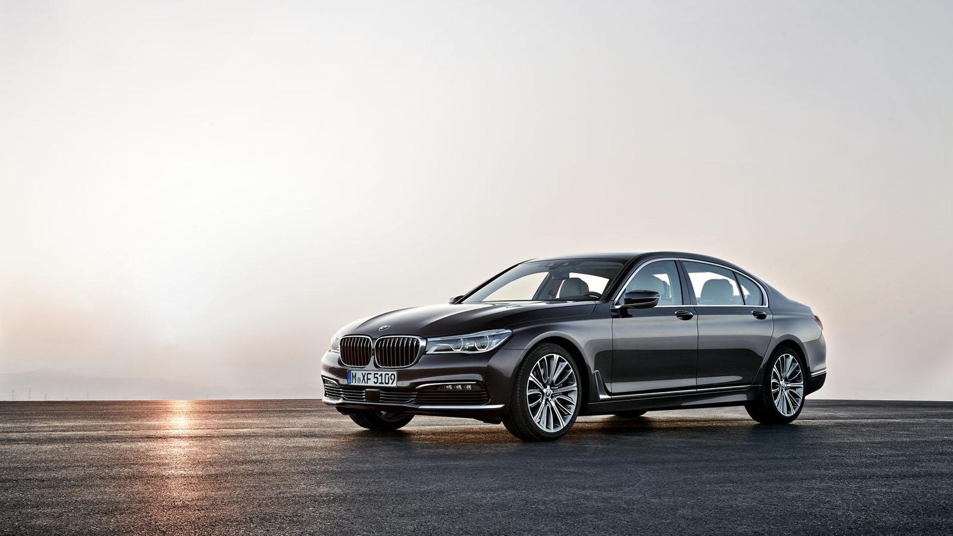 BMW 7 Series U.S. sales stopped due to airbag deployment problem
