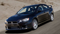Mitsubishi Lancer Evolution staying alive for 2015