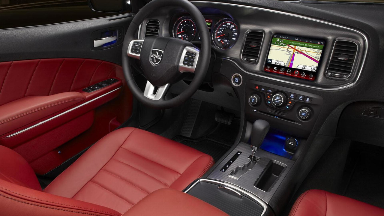 2013 Dodge Charger AWD Sport 17.12.2012