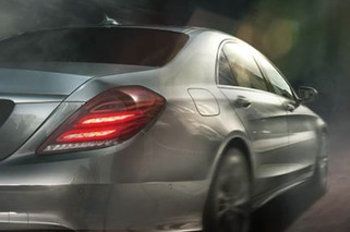 Mercedes and Jaguar Throwing Friendly Punches in Ongoing Ad Battle [w/videos]