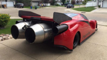 Canadian builds Ferrari Enzo lookalike jet car