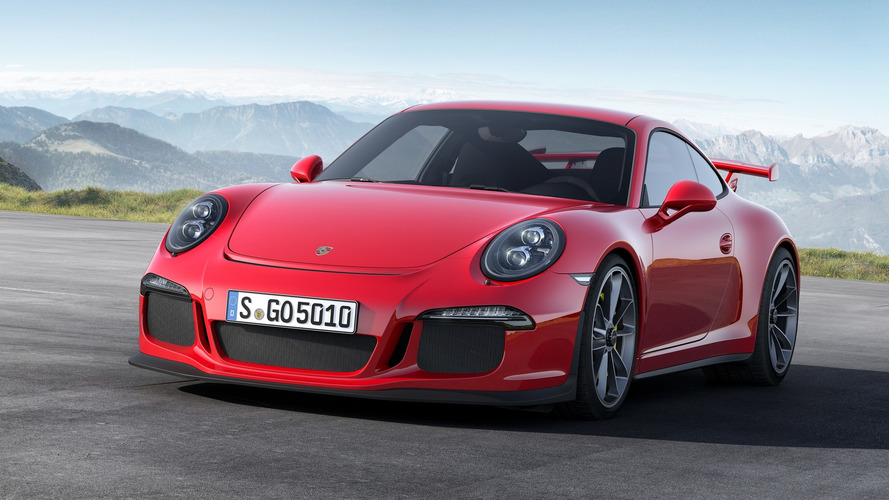 Porsche realizes Honda bought a 911 GT3, leaves friendly note under the hood