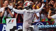 Hamilton not ruling out season-long winning streak