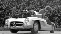 Mercedes-Benz 300SL Gullwing Celebrates 50th Anniversary