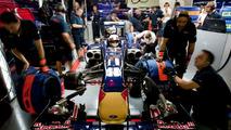 Alguersuari hopes deal announced next month