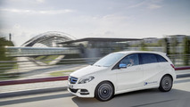 EVs need 310-mile range to compete with conventional cars, says Daimler