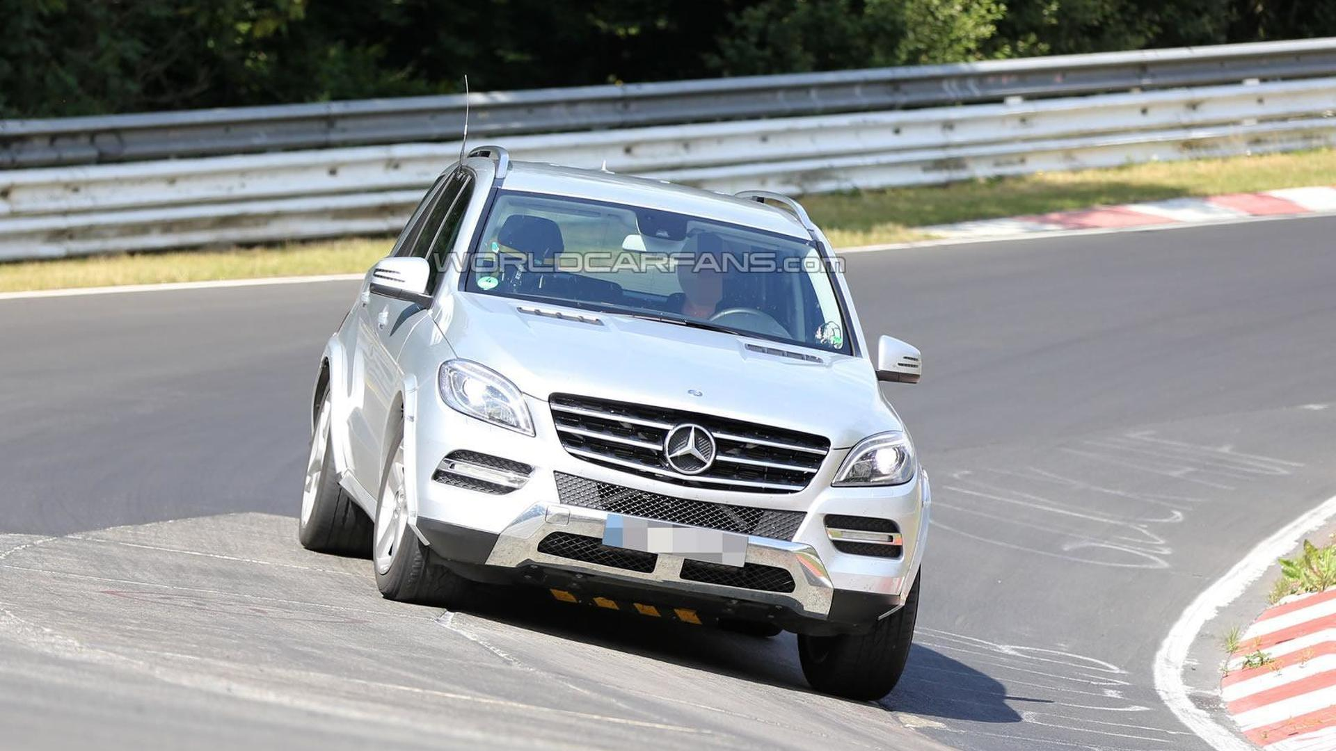 2015 Mercedes Benz Mlc Spied Undergoing Testing Motor1 Com