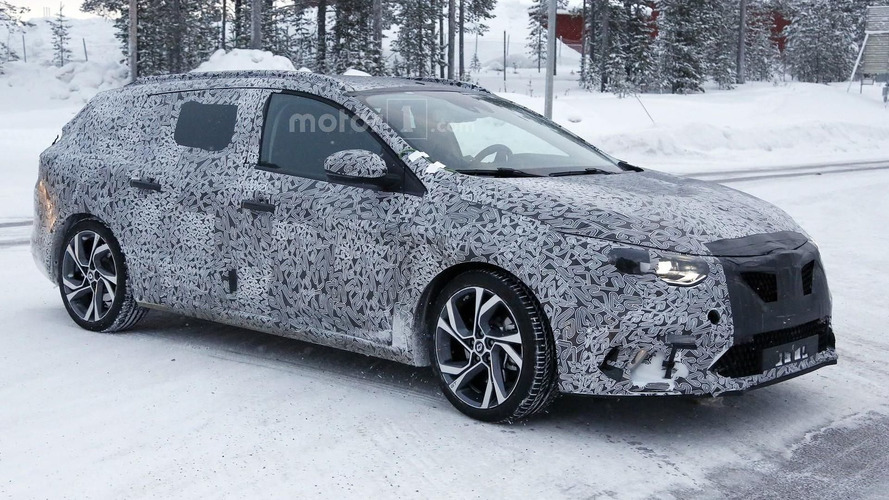 Renault plans second Geneva premiere, likely Megane Sport Tourer