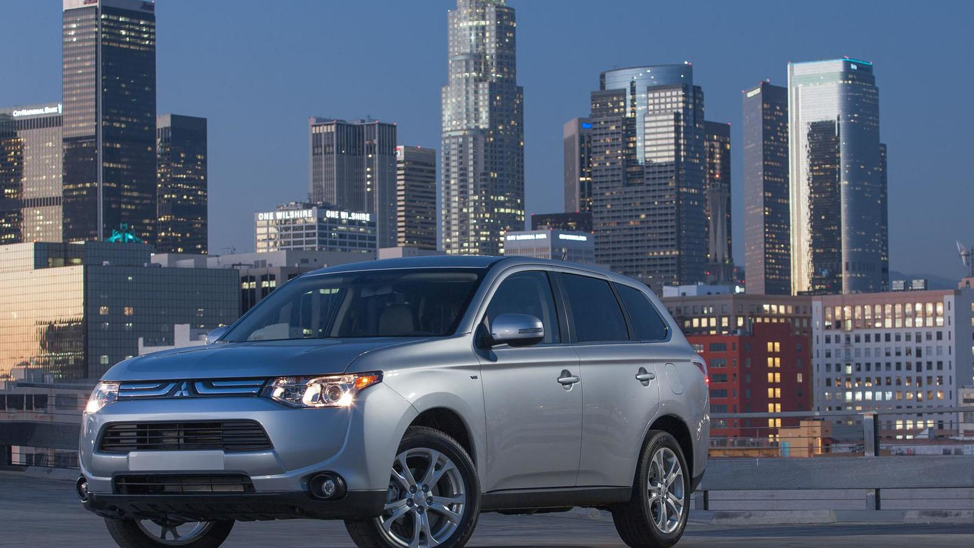 2014 Mitsubishi Outlander priced from 22,995 USD